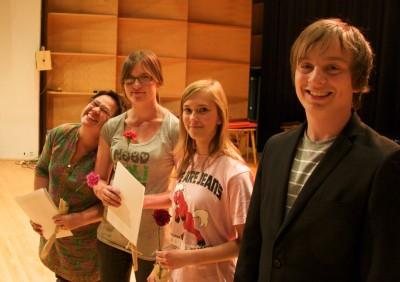 palkintojen jako sarjassa taidemusiikki, yli 15-vuotiaat, pienyhtyeet