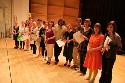 palkintojen jako sarjassa kansanmusiikki, ammattilaissarja, pienyhtyeet